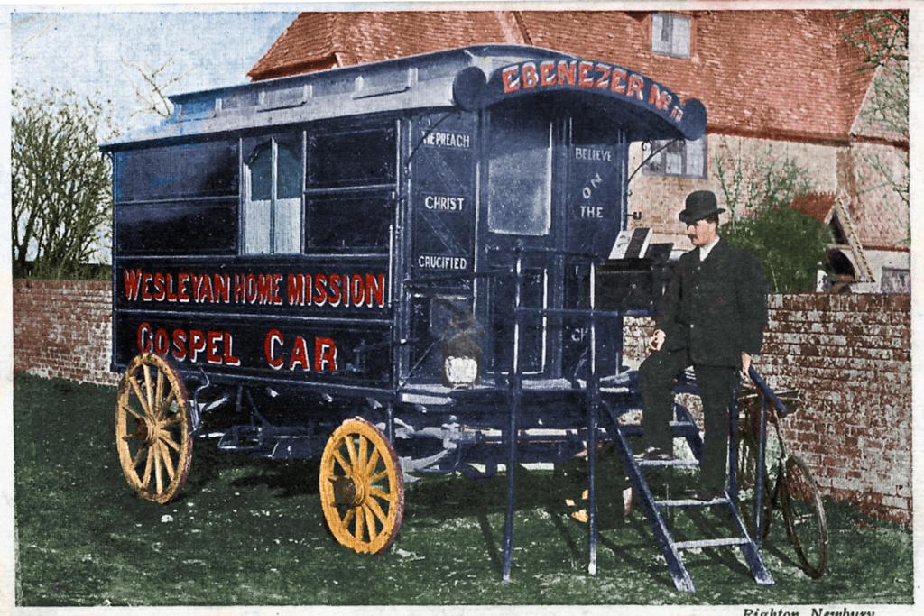 Wesleyan Mission Gospel Car in front of Worlds End Farmhouse